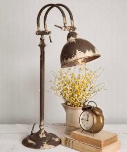 Rustic Cottage / Farmhouse Distressed Cream Metal Desk Lamp