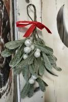 Glittered Mistletoe Floral / Greenery Christmas Bunch