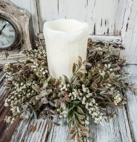 Cream Fall Flower Pillar Candle Ring