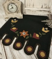 Primitive Rustic Folk Flower Vine Penny Table Runner