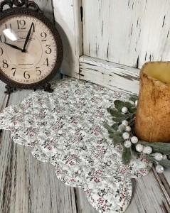 Cottage Farmhouse Christmas Quilted Scalloped Holly Table Runner